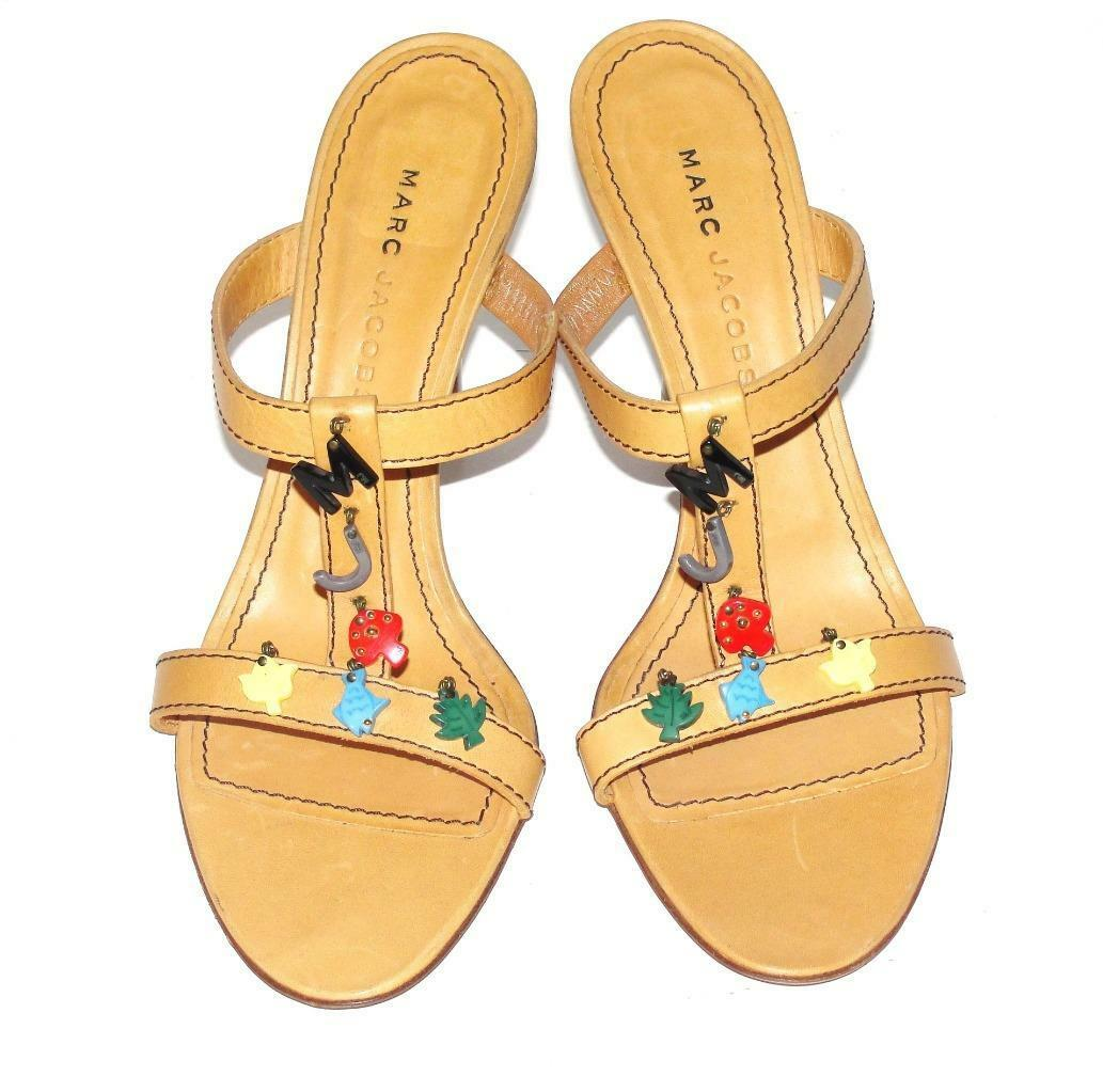 nuovo di marca MARC JACOBSNWOB 330.00LEATHER coloreFUL CHARMS CHARMS CHARMS SANDAL scarpe HEELS9 (RARE)  Felice shopping