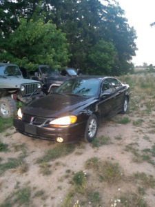 2003 Pontiac grand am. Very well maintained.