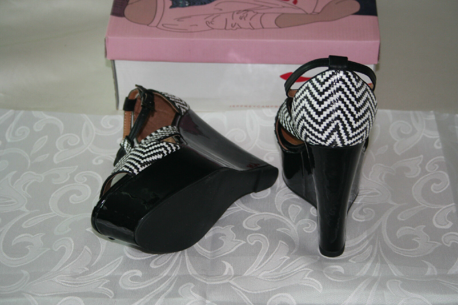 NEW JEFFREY CAMPBELL TANYA BLACK AND WHITE WHITE WHITE PATENT WOMEN'S SANDAL  US 9 EUR 40 ce9caa