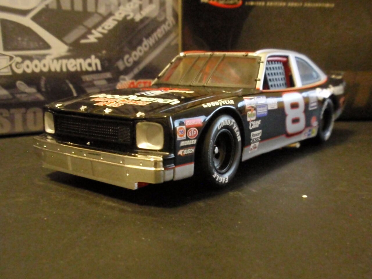 Dale Earnhardt Sr 1987 Goodwrench Performance PartsNova CWB1 of 1800