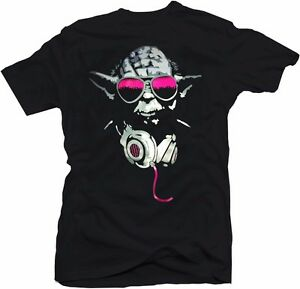 DJ-Yoda-Nightclub-Classic-Sci-Fi-Funny-Star-Wars-Movie-Hip-Hop-Parody-T-Shirt