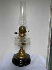 VICTORIAN CLEAR GLASS OIL LAMP