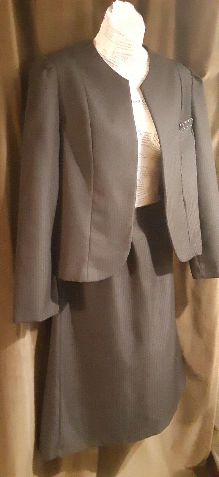 VINTAGE Claire Thomson for Kanner Skirt Suit Reg … - image 1