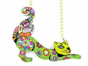 Lightweight Acrylic Stretching Cat Necklace -Fashion Jewellery - GREEN