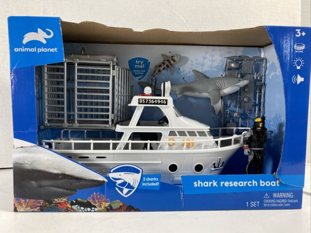 Animal Planet SHARK RESEARCH BOAT No. 39987 with cage, 2 Sharks & Diver New
