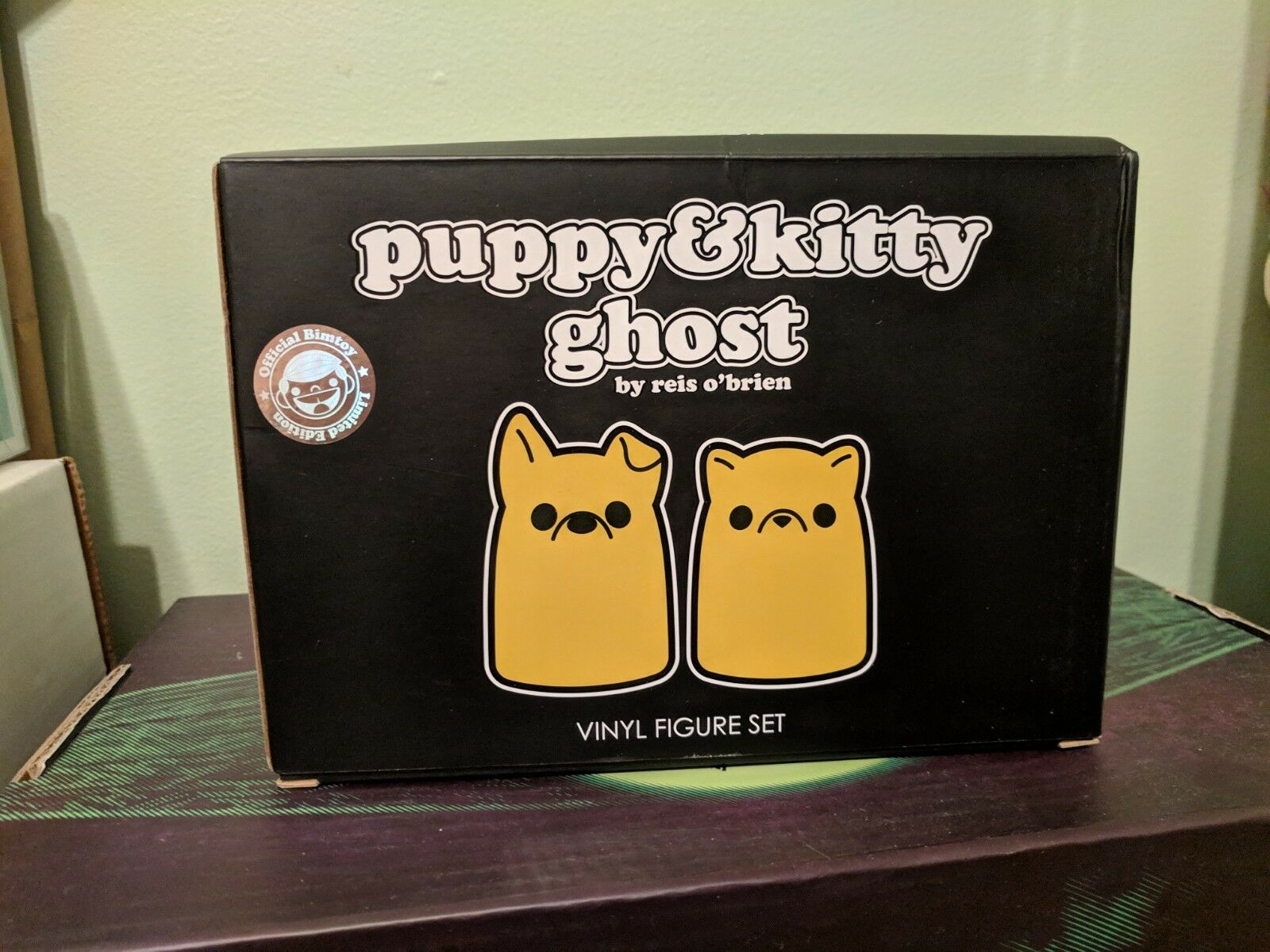 Tiny Ghost Vinyl Toy Reis O'Brien Funko Puppy Kitty Ghost gold NYCC Exclusive