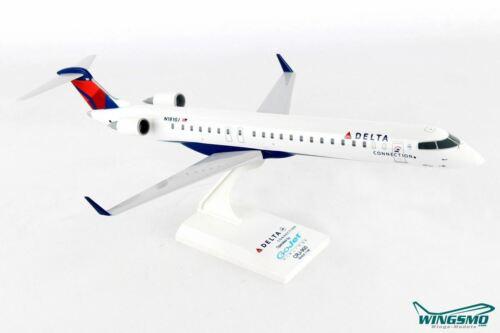 Skymarks Delta Airlines Gojet Bombardier CRJ900 1:100 SKR915