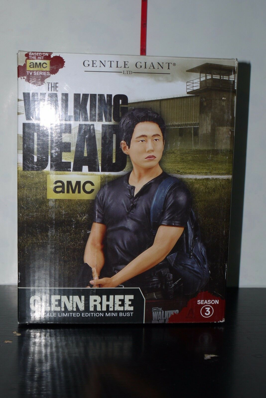 Gentle Giant Giant Giant Walking Dead Glenn Rhee 1 6 Scale Limited Mini Bust 383 700 BOXED 6846ff