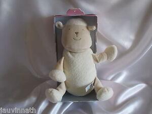 Doudou-mouton-blanc-et-creme-Sucre-d-039-Orge