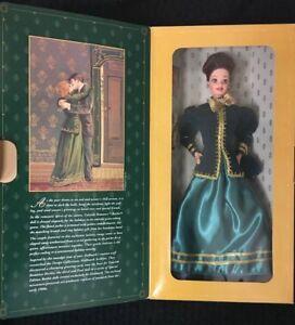 Hallmark Special Edition Mattel 15621 New in Box Yuletide Romance Barbie