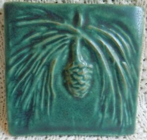 Vtg-Pewabic-Pottery-Green-Pine-Cone-Decorative-Art-Tile-1999-5-1-4-034