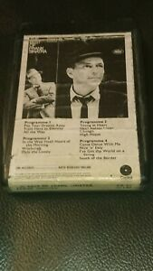 Vintage-8-Track-Cassette-Cartridge-Eight-best-of-Frank-sinatra