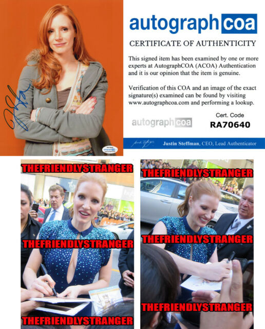 JESSICA CHASTAIN signed Autographed 8X10 PHOTO C - PROOF - IT Chapter 2 ACOA COA