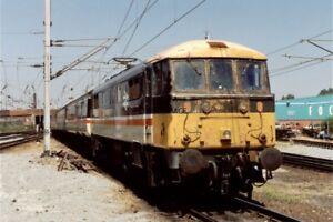 PHOTO-CLASS-86-LOCO-NO-86245-AT-WARRINGTON-BANK-QUAY-1990