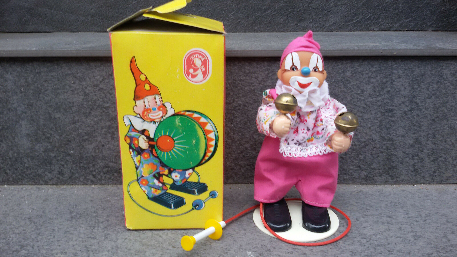 RARE VINTAGE GDR GERMAN SONNI MECHANICAL TOY CIRCUS CLOWN PLAYING CYMBALS + BOX