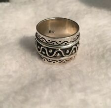 Estate.925 Sterling Silver Wide Band, Unique Design Ring. Heavy! 7.7gm