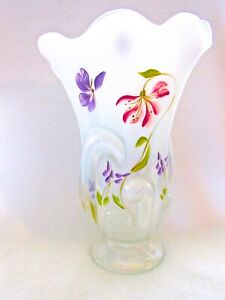 Fenton-Stargazer-Butterfly-French-Opalescent-Stretch-Handerchief-Vase-Signed