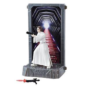 Star-Wars-Hasbro-Black-Series-Titanium-Series-40th-Princess-Leia-Organa