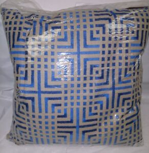 Design-Accents-CHA-TAI-22-034-x-22-034-Large-Square-Pillow-Cover-KSS0281-BLU22