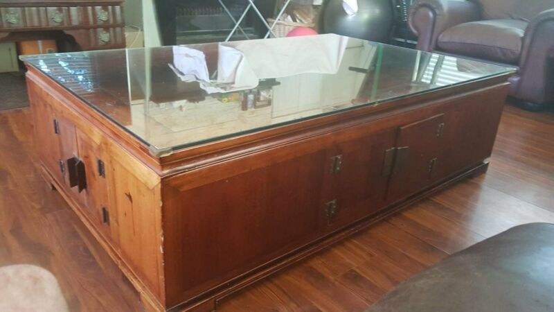 HUge CORICRAFT Coffee Table with large Inner Storage ...