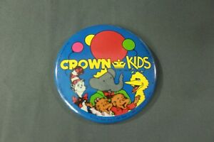 VTG-1988-Crown-Kids-Large-Button-Pin-Cat-in-the-Hat-Big-Bird-Baba-Bearanstain