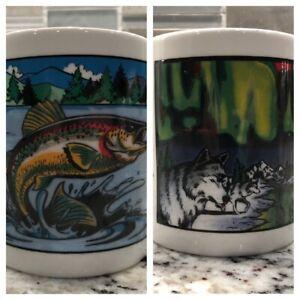 WONDERMUGS HEAT ACTIVATED Set Of 2 Gone Fishing & Northern Lights Coffee Mugs