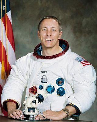 Collectibles Strict Astronaut John L Swigert Portrait Apollo 13 8x10 Silver Halide Photo Print Nourishing Blood And Adjusting Spirit