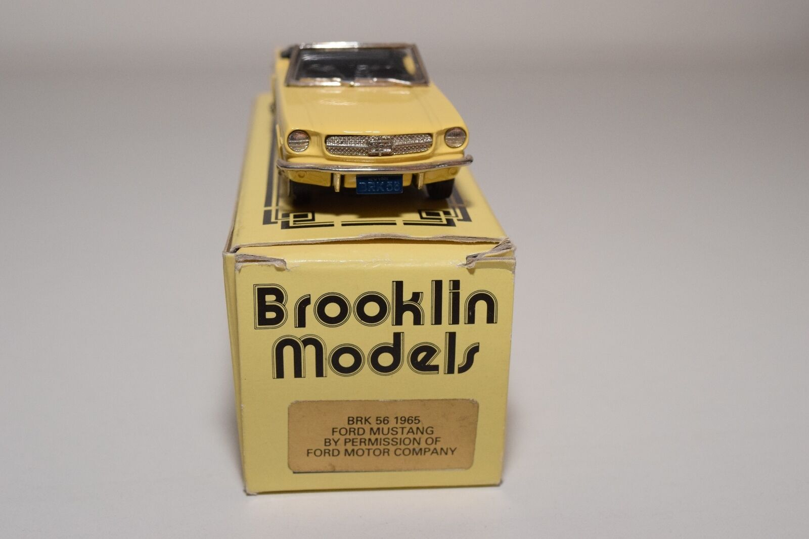 -- BROOKLIN BRK 56 56 56 1965 FORD MUSTANG CONgreenIBLE YELLOW MINT BOXED e98f6b