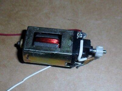Collectie Hier Scalextric Johnson Motor With Wires And Pinion - Superb Spares. Een Effect Produceren Voor Een Heldere Visie