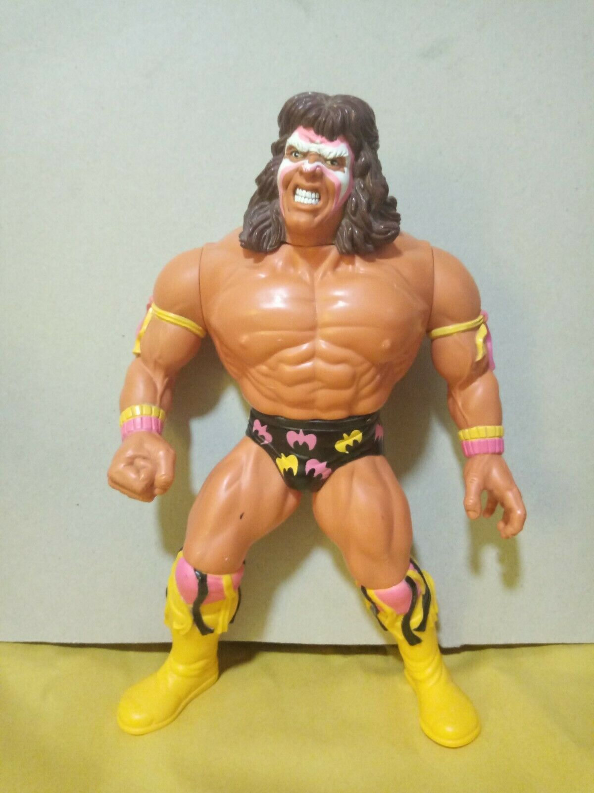 RARE WWF  1990 HASBRO-Titan Sports-Ultimate Warrior  i nuovi stili più caldi