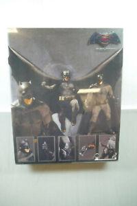 Batman-V-Superman-Dawn-Of-Justice-Action-Figure-Mezco-One-12-F21
