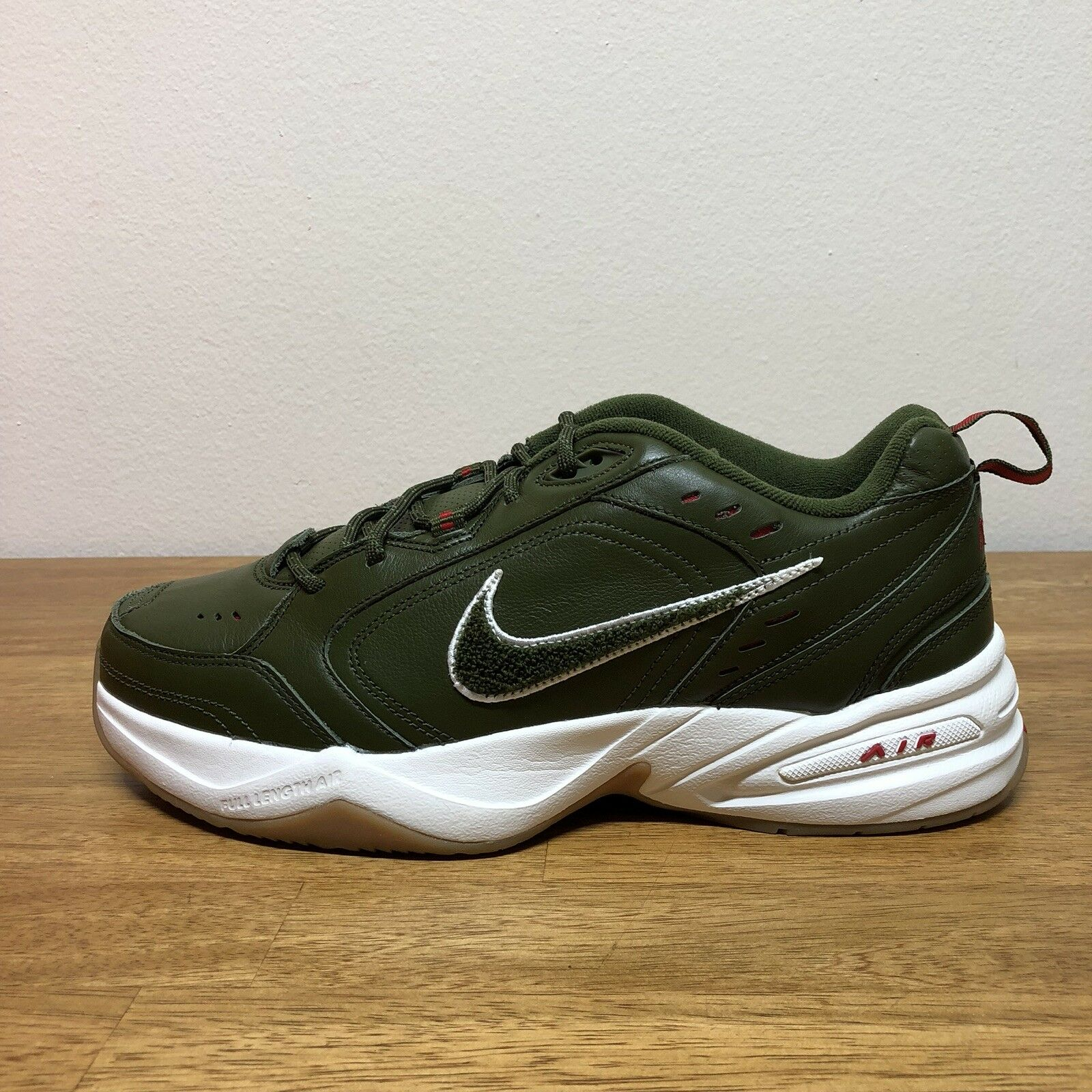 Nike Air Monarch IV 4 PR Fathers Day Weekend Campout Mens Size 10.5 AV6676-300
