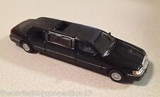 1999 Lincoln Town Car Black Limousine by Kinsmart 1:38 Scale Model Car