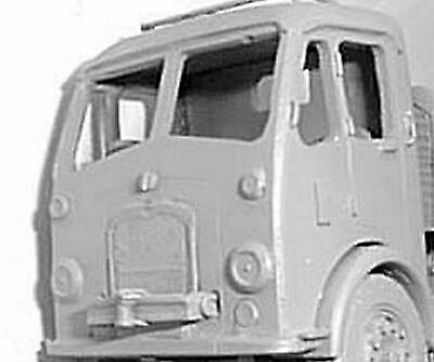 Langley Models Garage Workshop-Forecourt fittings OO Scale UNPAINTED Kit F116a