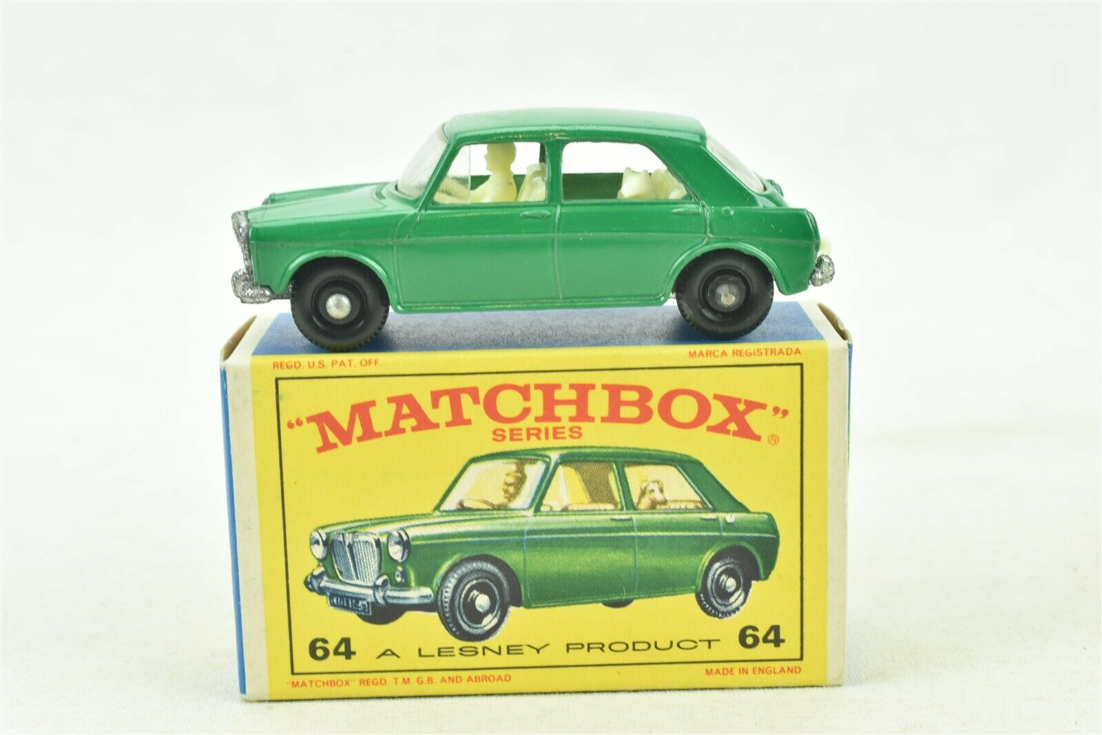 Matchbox  64 M.G. 1100 Grün Car with Box