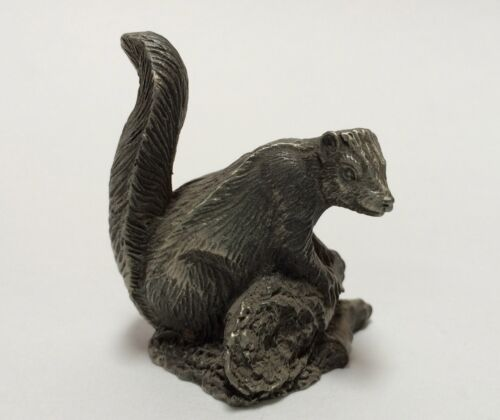 1981 June Lunger Pewter The Skunk Franklin Mint Woodland Animal Mini Figurine