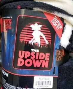 Stranger-Things-Throw-Blanket-Demogorgon-The-Upside-Down-48-034-x60-034-NEW