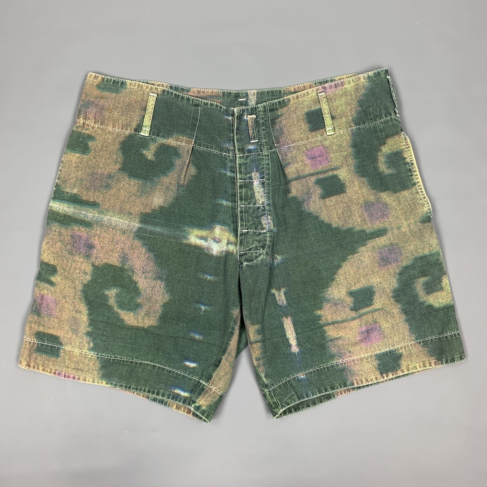 Vintage ARMANI JEANS Size 32 Olive Print Cotton Oversized Shorts