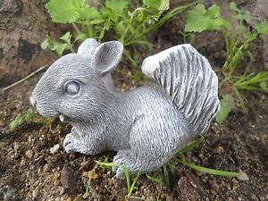 Latex-squirrel-mold-plaster-concrete-mould-4-034-x-2-034-x-3-034