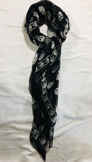 New Authentic Classic ALEXANDER MCQUEEN SILK Black Skull Scarf  Large White