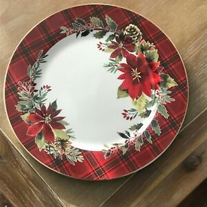 """Pink Floral Poinsettia Dinner Plate 9/"""""""