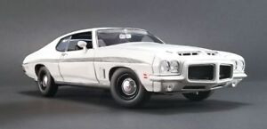 ACME-1972-Pontiac-GTO-LeMans-White-1-18