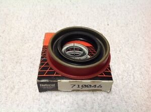 National 710046 Oil Seal