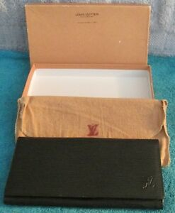 Vtg-Louis-Vuitton-Woman-039-s-Wallet-W-Dust-Cover-amp-Box-New-Condition-Unused-Perfect