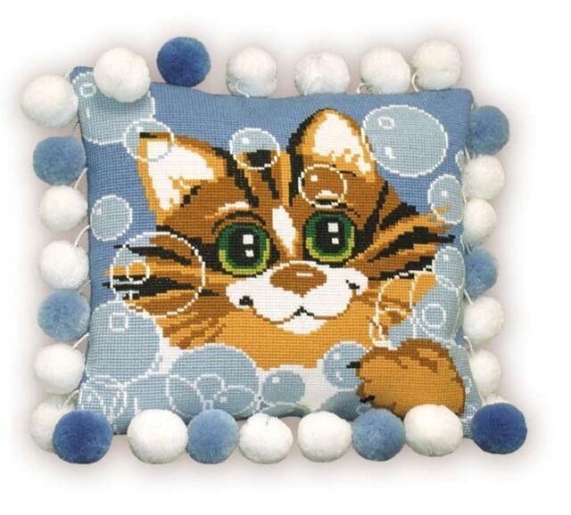 RIOLIS  386  Cat Pillow  Cushion  Counted  Cross Stitch  Kit