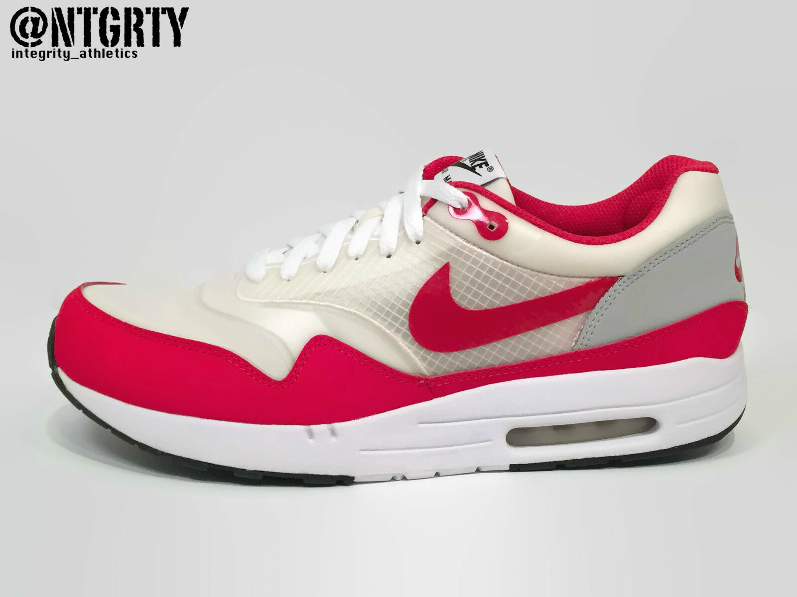 cead20ee84f0 Nike Air Maxim 1 Running Shoes Mens 11 White Sport Red Grey Hoa ...