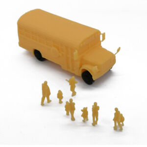Outland-Models-Railroad-Scenery-School-Bus-with-Kids-and-Parents-HO-Scale-1-87