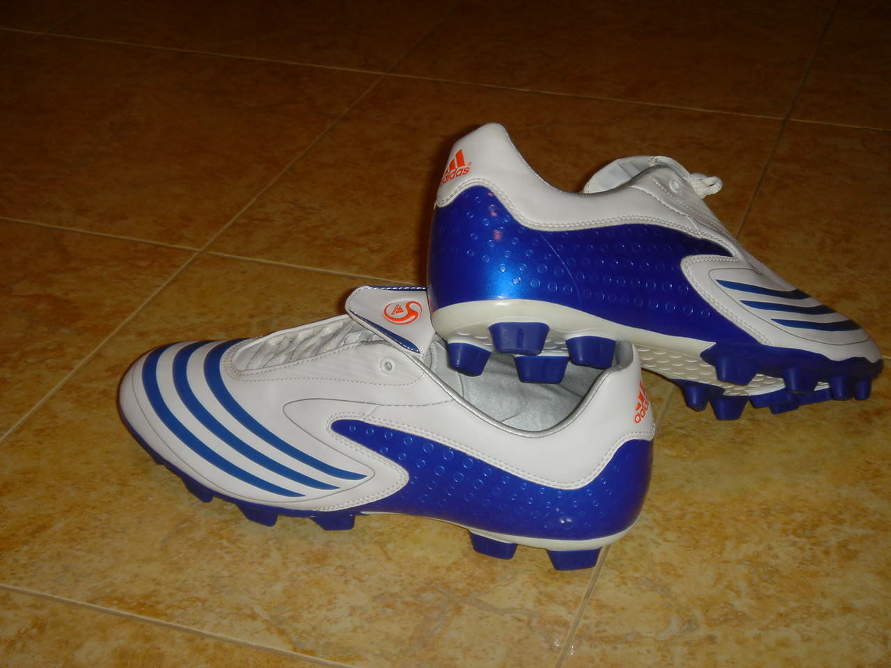 Adidas F10.8 Soccer Boots F 10 Football Firm Ground shoes White NEW