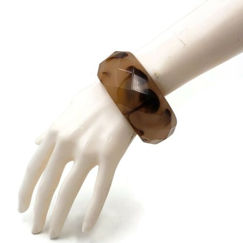 Vintage Lucite Bangle Bracelets Multifaceted Chunky Bracelet Resin Coffee Swirl
