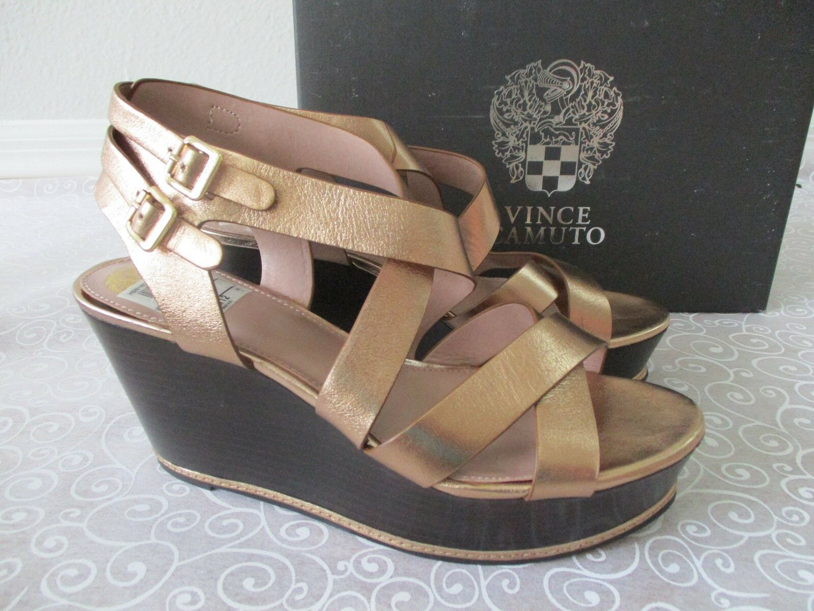 99 VINCE CAMUTO METALLIC BRONZE STRAPPY WEDGE LEATHER SHOES SIZE 9 1/2 M NEW